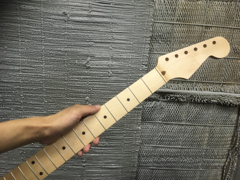 山ちゃんのギター製作記  テレデラ?ジャズマス? #5